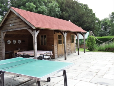 2021-07-13 Pool hut and table Tennis (2)