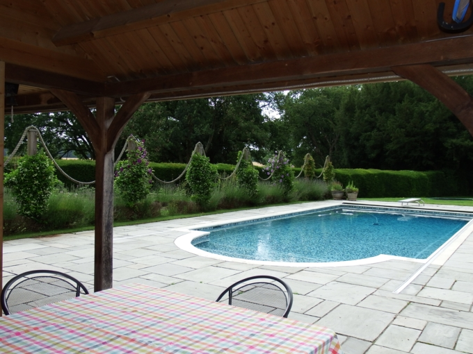 2021-07-13 Dining Table and pool (2)